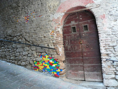 legos take the place of masonry in the italian art project